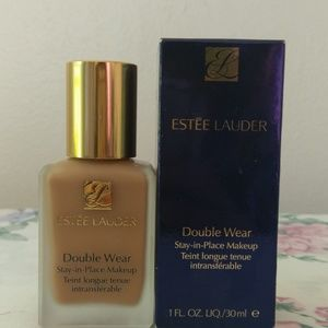 Estee lauder 1fl oz. Double wear foundation